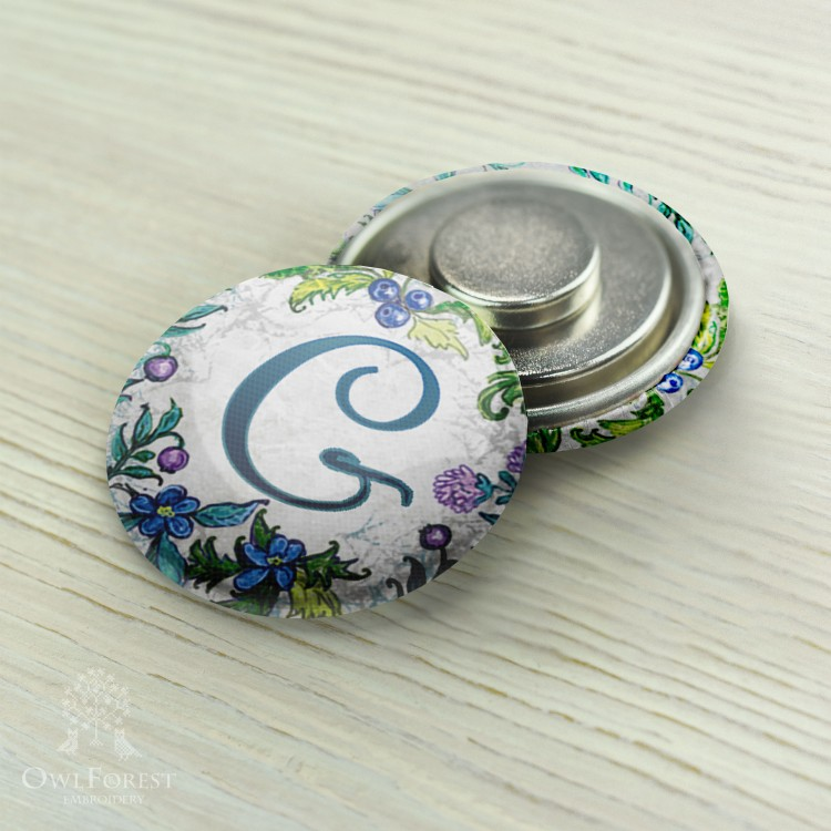 "Magnet Needle Minder ""Spring ABC"" Latin letters"